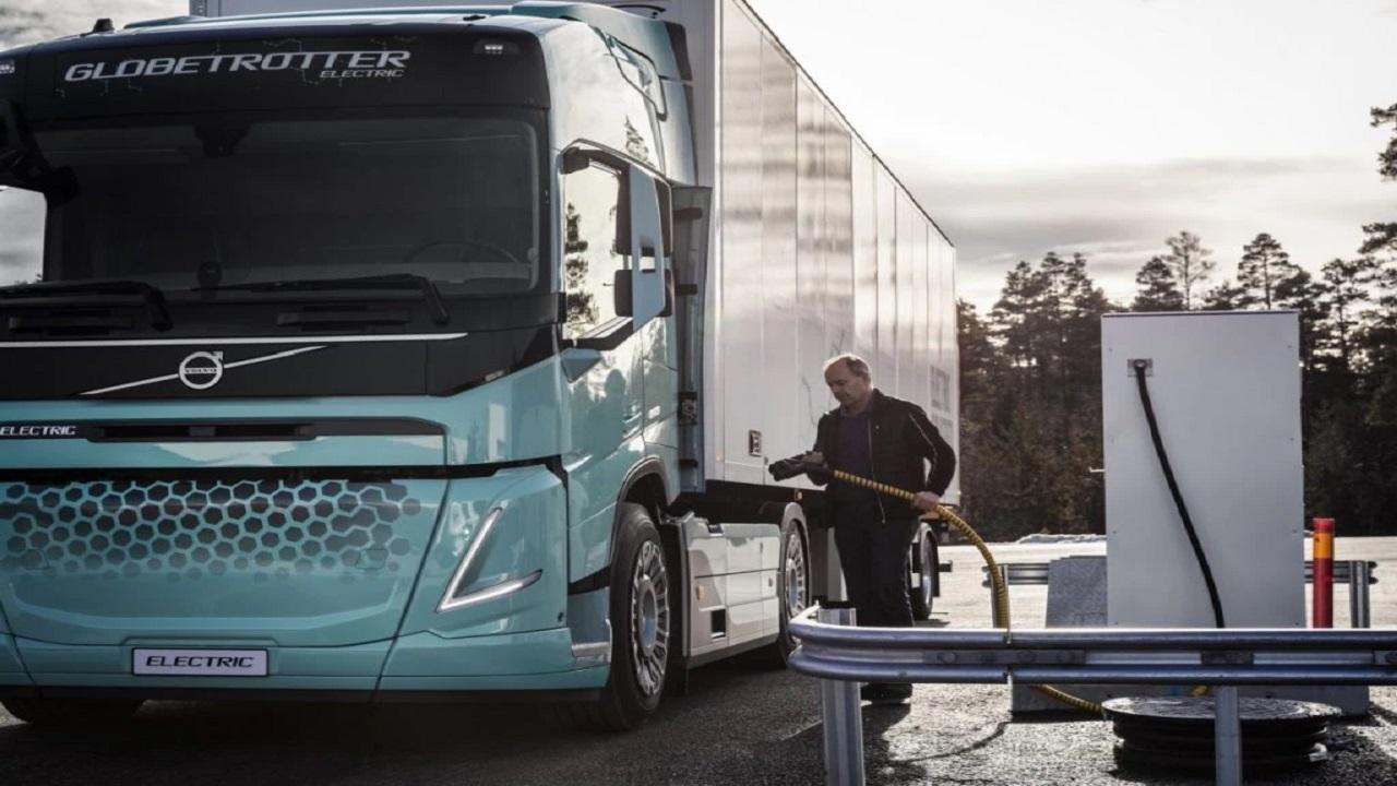 Daimler Truck, Grupo TRATON e Volvo - caminhões elétricos