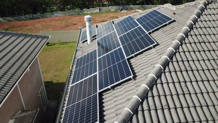 Governo do estado - MT - energia solar - baixa renda