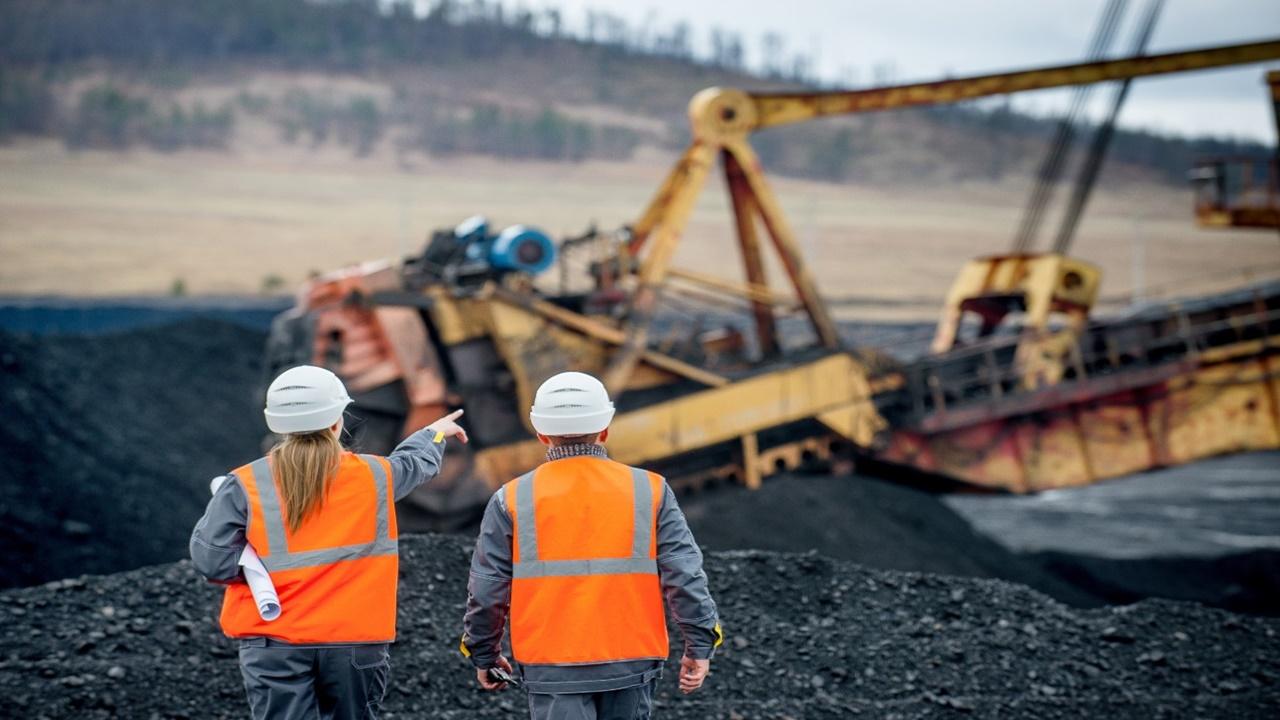 mineradora - minerais - terras raras - bahia - quartzo - vagas de emprego - projetista