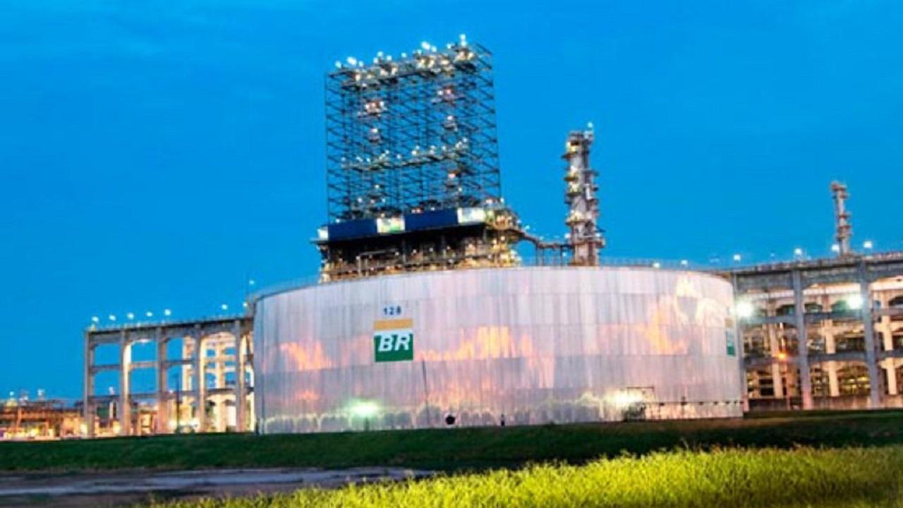 Petrobras - investimentos - Reduc - Revap - diesel - S10-