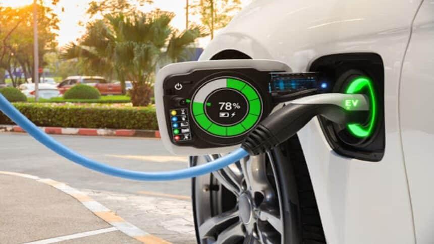TotalEnergies - Uber - veículos elétricos -