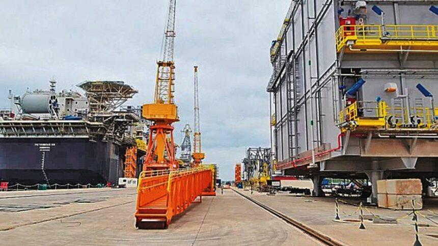 estaleiro - técnico - vagas de emprego - naval - construção - sc - rj - brasfels - edison chuest - técnico - engenheiros