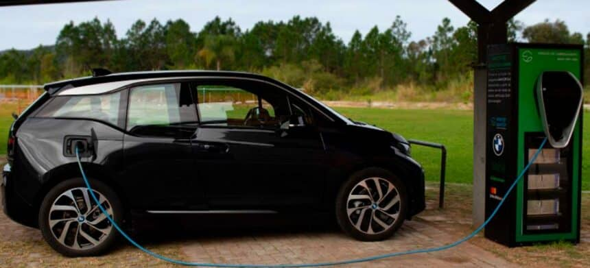 Energia solar – carros elétricos – BMW