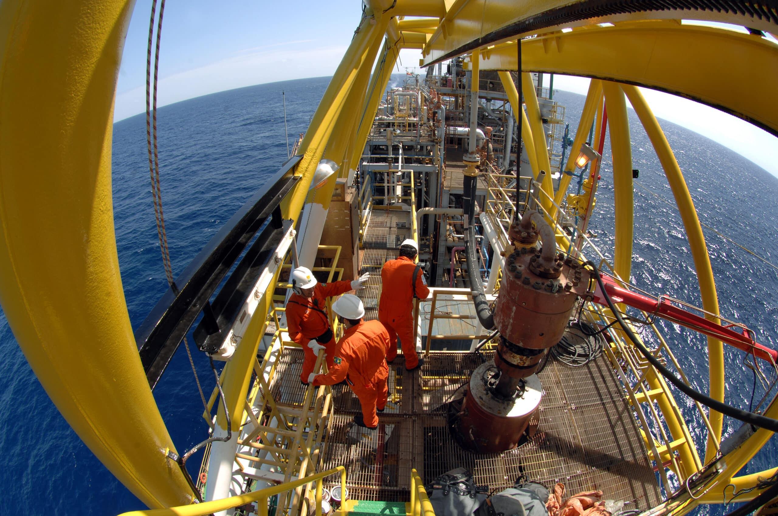 petróleo - produção - petrobras - bacia de campos - óleo e gás - rio de janeiro - revitalização