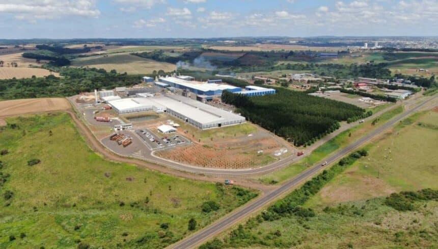 Fábrica – empregos – Paraná