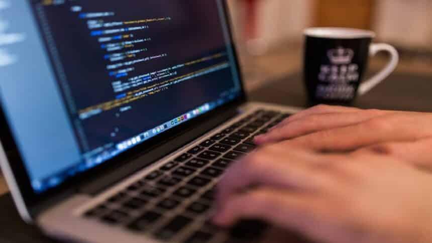 Facebook - cursos gratuitos online - EAD - vagas - recode - games