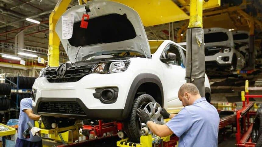 Renault - PR - fábrica - Captur-Duster-Kwid-Logan-Sandero-e-Stepway -