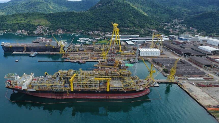 Mesmo sem data para abertura das vagas de emprego, estaleiro Brasfels pretende convocar os 5 mil metalúrgicos para obras da FPSO P-80 no Rio de Janeiro