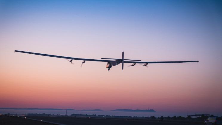 aeronave painéis solares energia solar