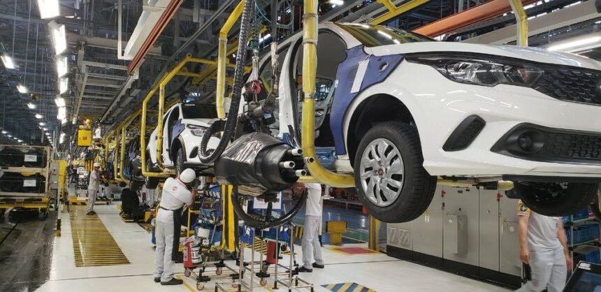 Fábrica – Minas Gerais – Fiat – produção