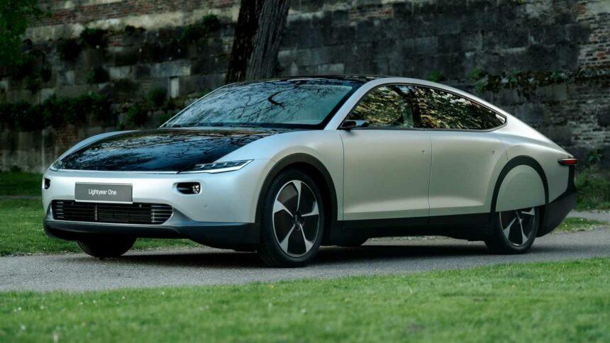 Carro elétrico - energia solar - indústria automotiva - investimentos