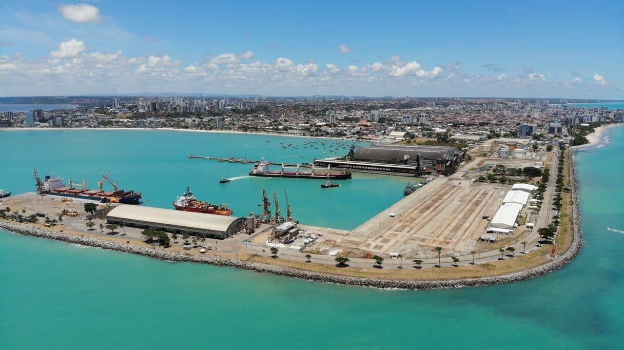 Porto - Terminal - construção